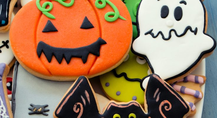 Halloween Sugar Cookies That The Kids Will Love To Make