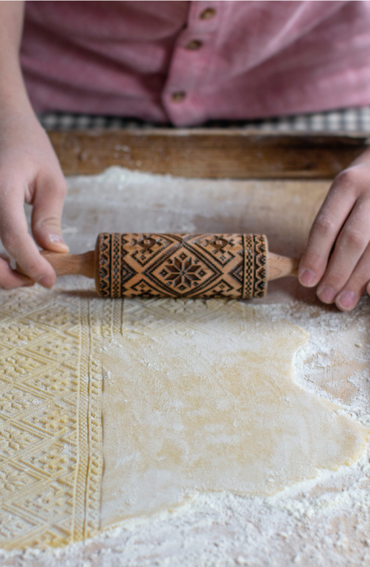 If you haven't heard of embossed rolling pins, you need to! They making baking cookies so much easier and they create the cutest patterns. You will love the results!