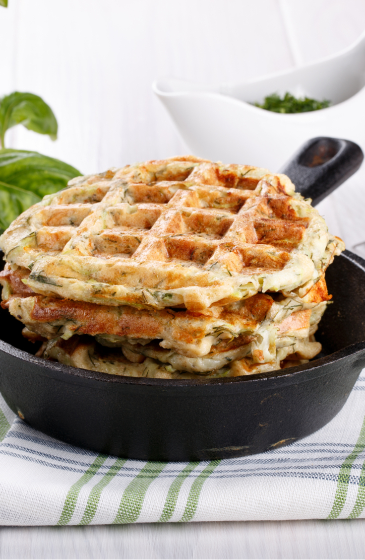 These keto chaffle recipes using cauliflower are perfect for sandwiches.