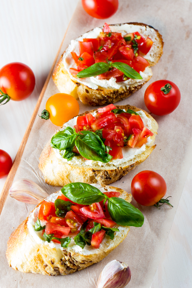 Are you throwing a New Year's Eve party? These NYE party appetizers will be a crowd pleaser! What could be better than bruschetta?