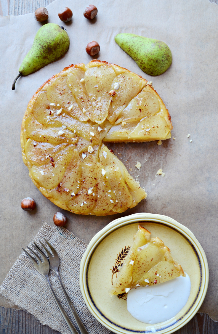 If you've never had a pear tarte tartin, you're missing out! This is a delicious dessert and is low calorie. Win, win! Look here for more holiday desserts.