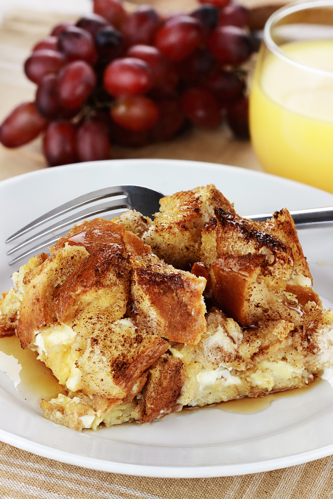 One of the best ways to use your Instant Pot is for breakfast. You do not want to miss out on these Instant Pot breakfast casserole recipes! This french toast casserole will be your new family favorite!