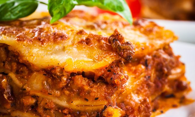 Insanely Easy Crockpot Lasagna