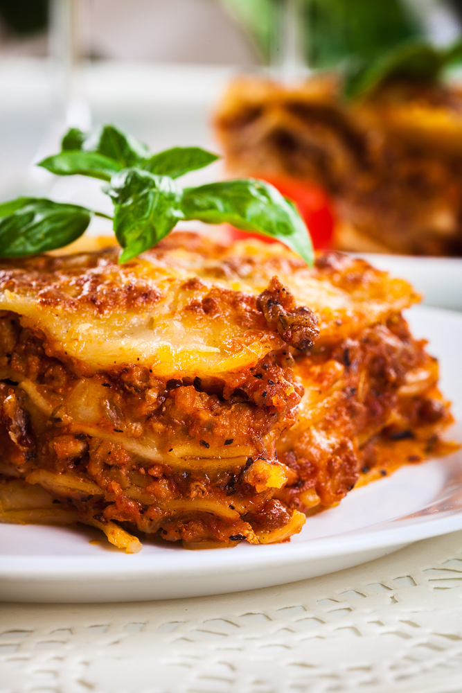 Did you know that you can make a delicious lasagna, that's easy to make? This crockpot lasagna recipe is absolutely amazing and so easy to make. Now your family can enjoy lasagna without you putting hours of work into it.
