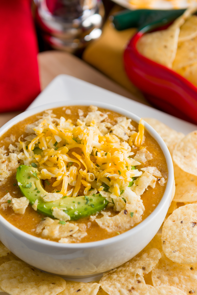 Whether you're a working mom or a stay at home mom, life can get crazy! Hopefully some of these easy dinner recipes for your family will help! This slow cooker chicken enchilada soup will definitely warm your family up on a cold day.