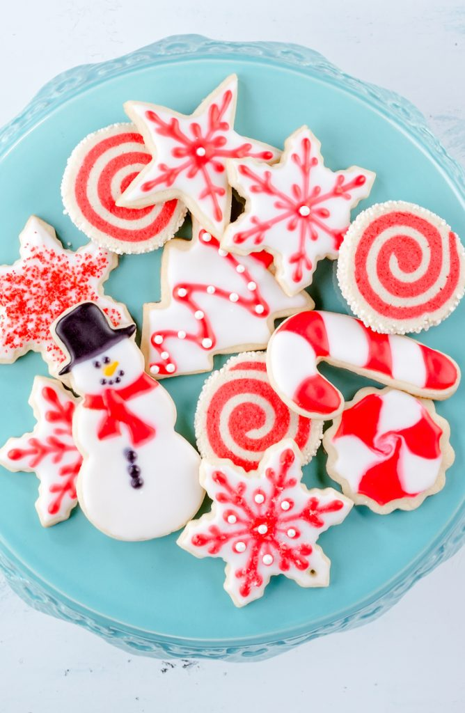 If A is for apple, and B is for banana, then C is most definitely for cookies! Whether you're looking for recipes or inspiration, this is the place to be. Christmas and sugar cookies go hand in hand.
