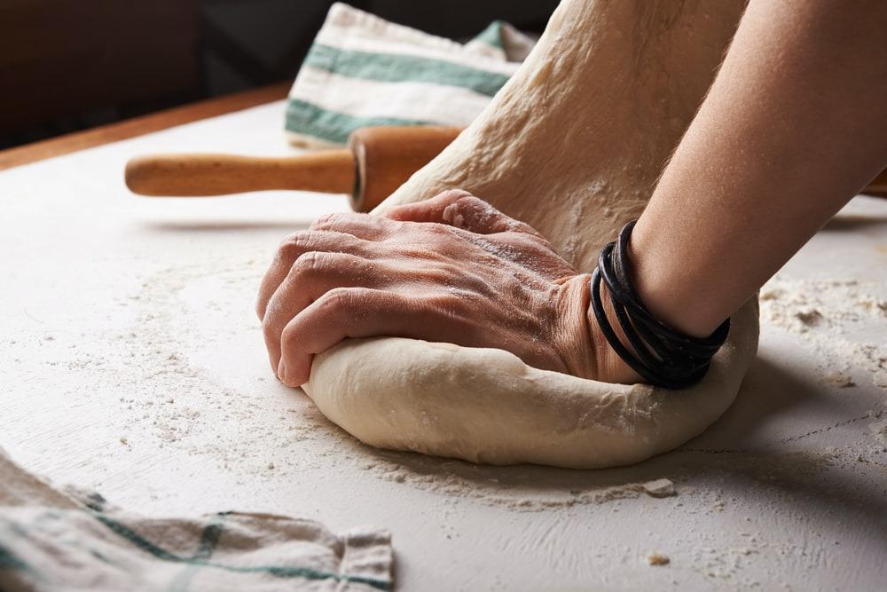 Kneaded pizza dough
