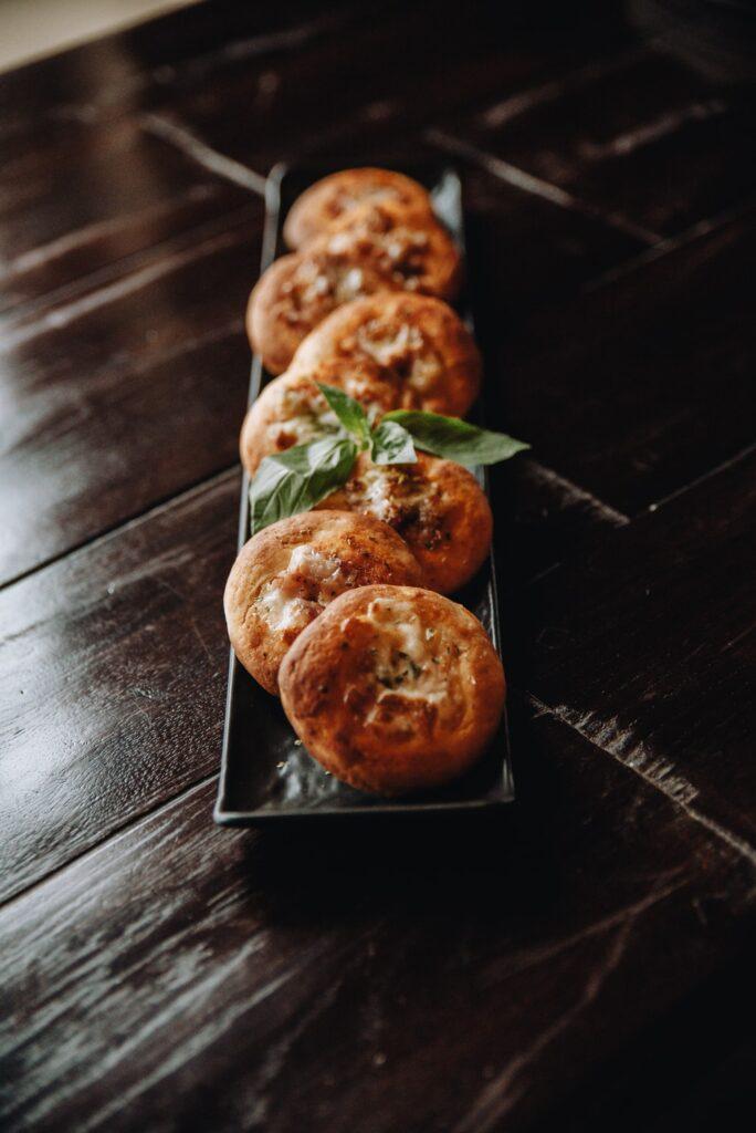 mini pizza cupcakes